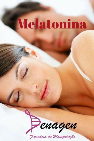 Melatonina 5mg - Embalagem com 30 cápsulas. Posologia: Tomar 1 cápsula 1 hora antes de dormir.